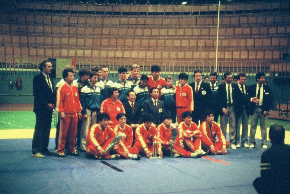 Rencontre Belgique - Corée 1985-86